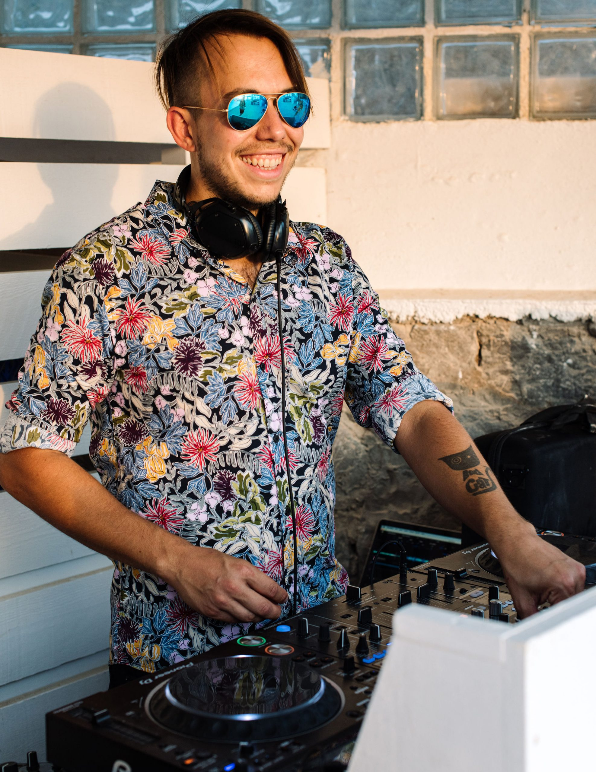 Ibiza wedding DJ playing for a beautiful event at Experimental Beach